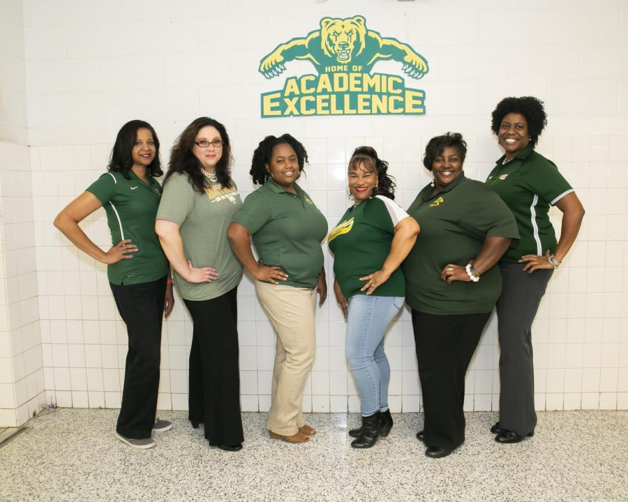 (Left to right) Brannef Peters, Amy Edwards, Nikki Pickett, Cynthia Jones, Della Earley, and Olaniyi Lucas